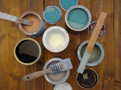 Wenn Du einen unserer DIY Workshops besuchst kannst Du die Textur und Wirkung vieler unserer natürlichen Farben ausprobieren