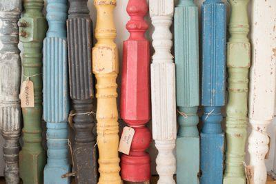 Bei der Möbelgestaltung arbeite ich im Rapuze Studio mit den 24 sanften Farbtönen von Miss Mustard Seed
