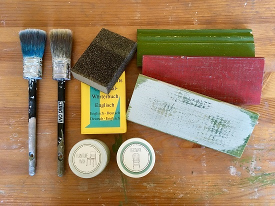 Rapuze Möbel will offer all DIY Workshops in english and german