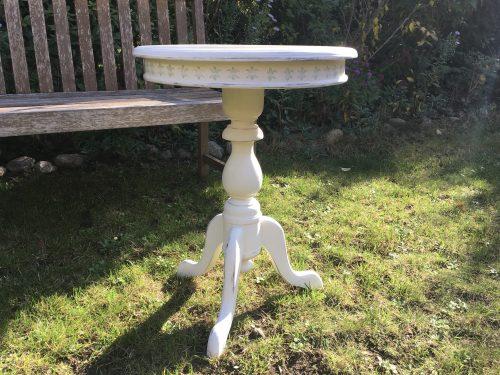 Gründerzeit Vintage Tischchen